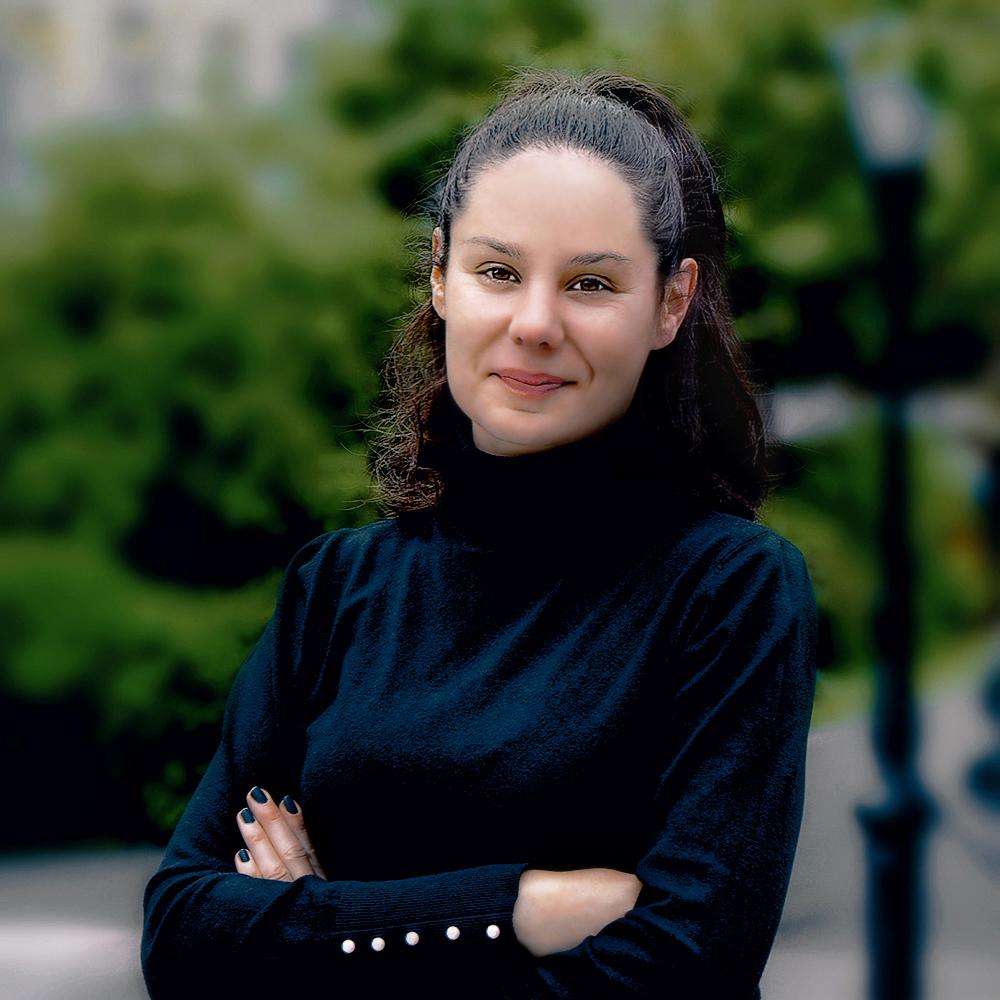 Professional Portrait Photography - female, outdoor, social media, business profile photo, Ireland